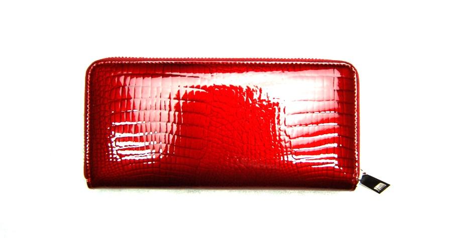 Női pénztárca  VIA55 női pénztárca V77006RSR piros zipzáros fad108d0a6